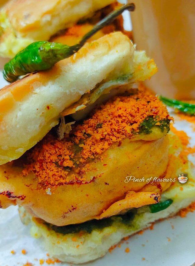 Chicken Vada Pav