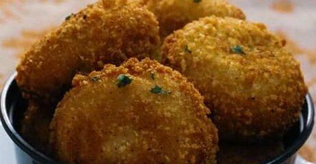 Chicken Mayo Bread Balls