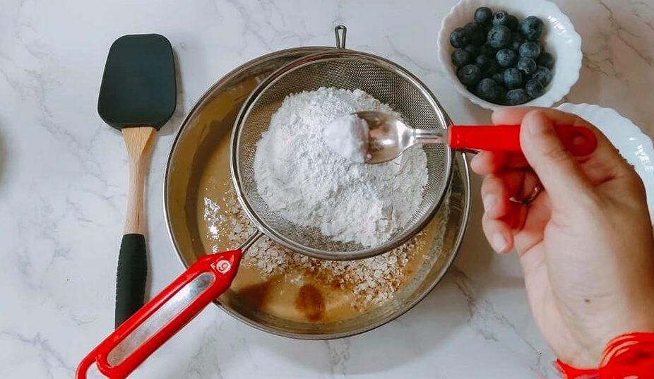 Dark Chocolate Blueberry Oats Muffin